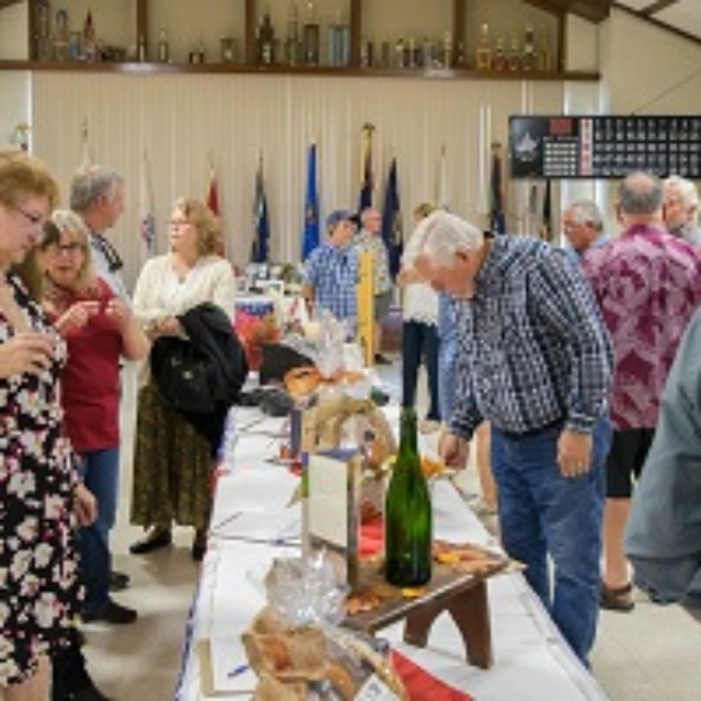 table,display,silent auction