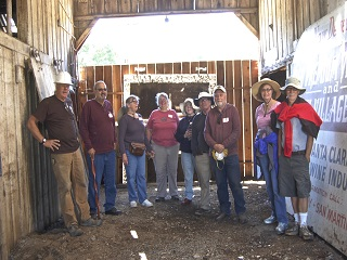 barn,clean up crew,people