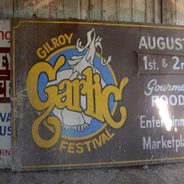 sign,garlic,august,food,entertainment,marketplace,gilroy